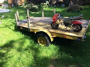 Trailer Flatbed 6.5x10' solide