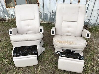 Flexsteel RV Captain's Chairs Seats PAIR Cream motorhome coach USED Worn