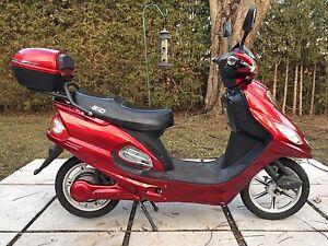 GIO E-BIKE electric scooter $300 OBO