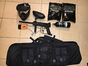 Reduced Price! Paintball Gun, 200 Paintballs, Mask, Carrying Bag