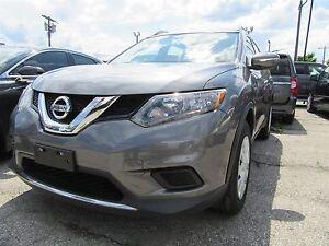 2015 Nissan Rogue S Auto, Bluetooth, AWD