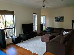 Lovely Large Bedroom in 3 Bedroom Home Lane Cove Lane Cove Area Preview