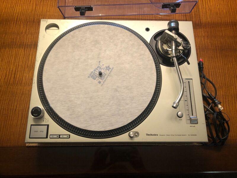 Technics SL-1200 M3D Analog DJ Turntable - Silver