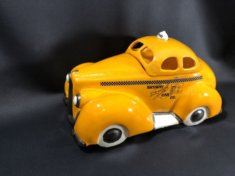 Glenn Appleman Signed '79 NYC Skyway Cab New York Packard Yellow Taxi Cookie Jar