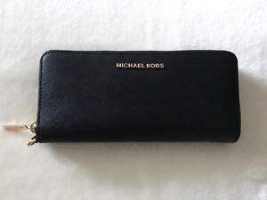 Michael Kors Wallet (New)