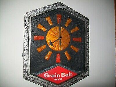 VINTAGE GRAIN BELT BEER SIGN CLOCK LIGHTS UP WALL HANGING see description