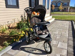 Three wheel stroller