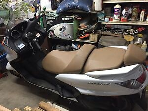 Scooter yamaha y-400 2005