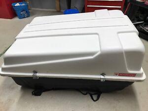 Motomaster car roof large storage