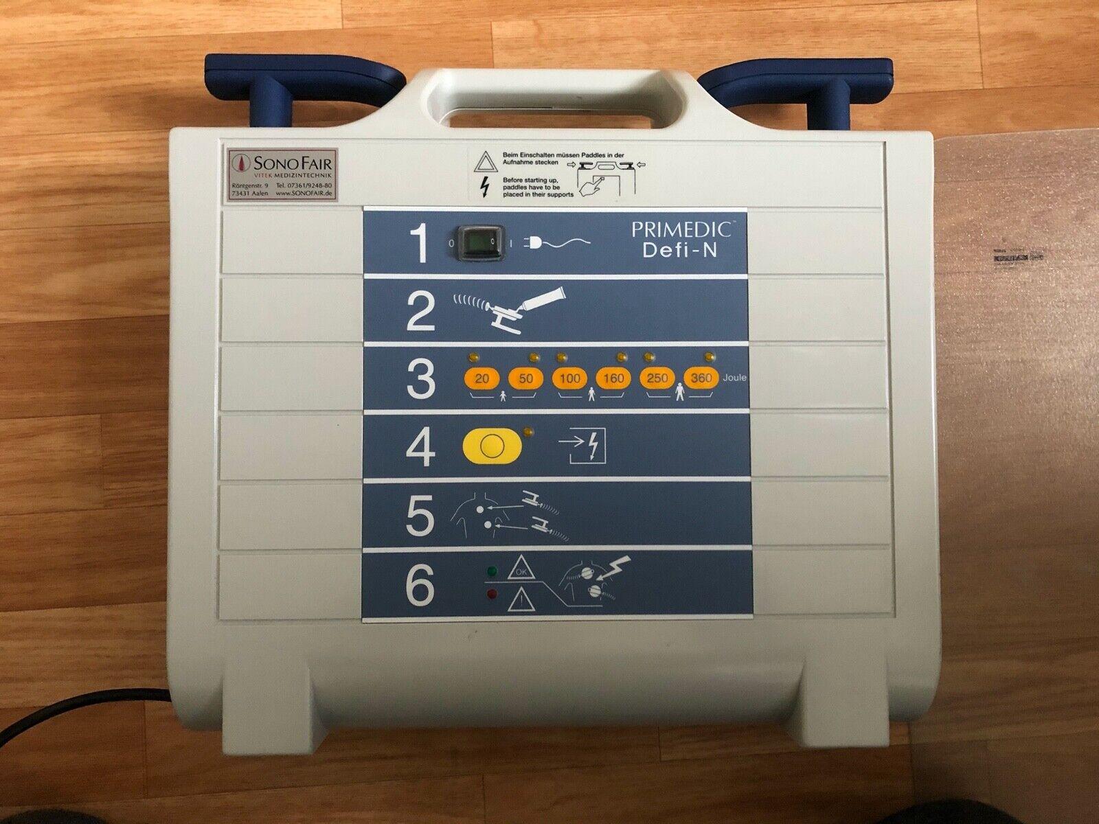 METRAX PRIMEDIC M100 Defibrillator