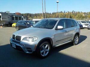 2011 BMW X5 xDrive35i 3rd row seating  AWD