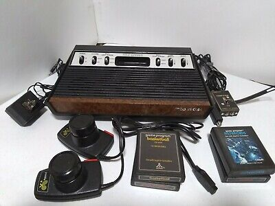 Sears Atari 2600 Model 637.99743 Console With 2 pattle Controllers & 4 Cartridge