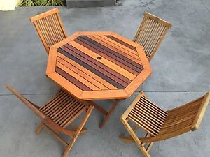 Hardwood Outdoor Table and Chairs Woonona Wollongong Area Preview