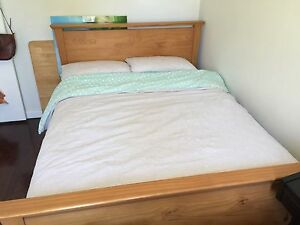 Double bed and mattress Beaconsfield Fremantle Area Preview