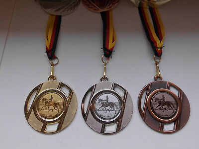 Reiten Medaillen 3er Set 50mm Deutschland-Bändern Pokal Turnier Emblem Dressur