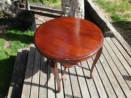 ROUND SIDE TABLE Busselton Busselton Area Preview