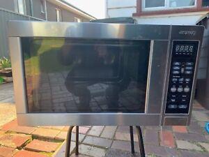 SMEG Microwave Oven
