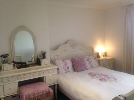 FULLY FURNISHED APARTMENT HAWTHORN EAST