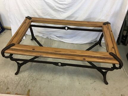 Coffee table no top glass