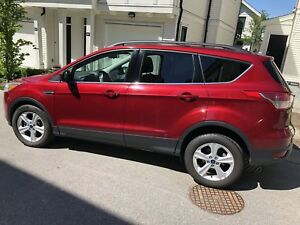 2014 Ford Escape -Fully loaded