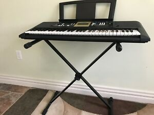 Yamaha 61-key digital piano