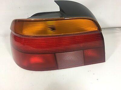 1997-2000 BMW 528I 540I Driver Left side taillight tail light