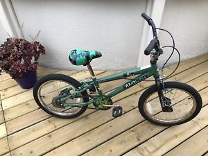 "Kids 18"" BMX bike - Green"