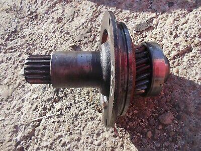 Farmall 560 Tractor Ih Transmission Input Drive Shaft W Gear Bearing 370663r1