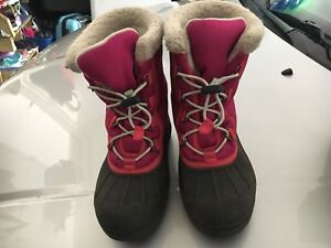 Girl's Sorel Winter Boots Size 3