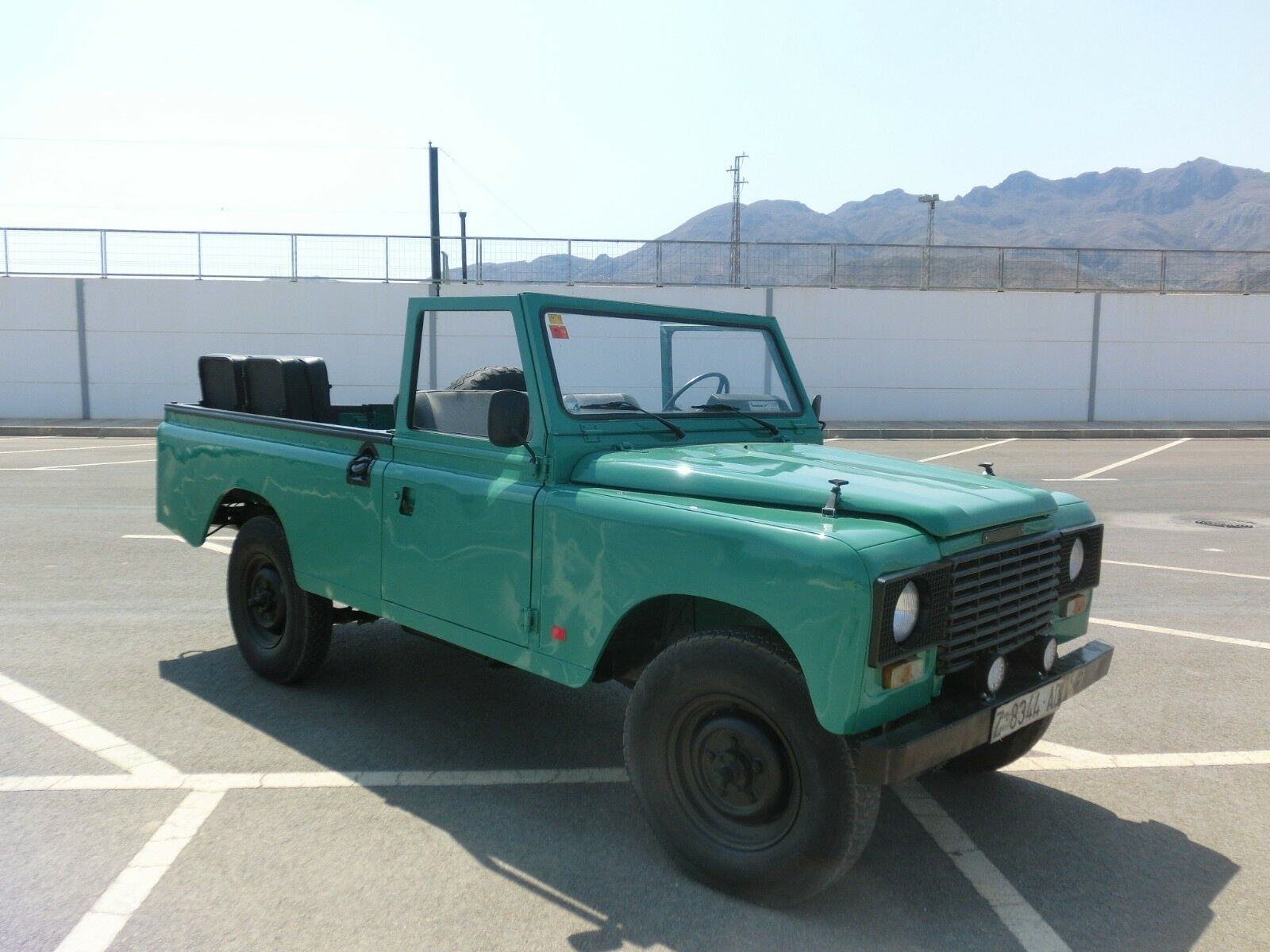 1989 Land Rover Defender  LAND ROVER 2.5 CONVERTIBLE