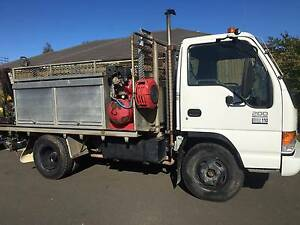ISUZU NPR 200  JULY 2001 FOR SALE  FITTERS TRUCK Dean Park Blacktown Area Preview
