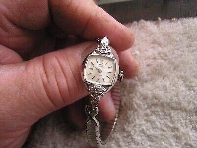 Vintage Women's Waltham Watch 17 Jewels Sharp