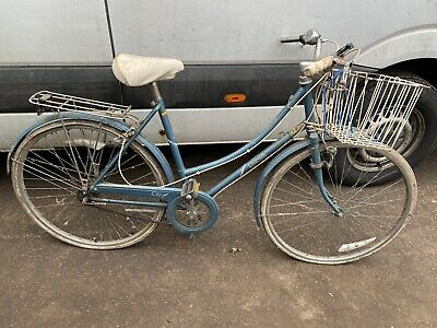 RALEIGH LADIES BIKE WITH 26 INCH WHEELS AS ACQUIRED SPARES REPAIR