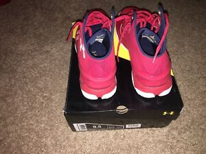 Men's Under Armour Red Curry 2's Basketball shoes