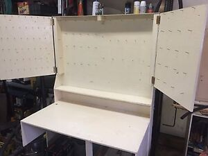 Fly tying bench