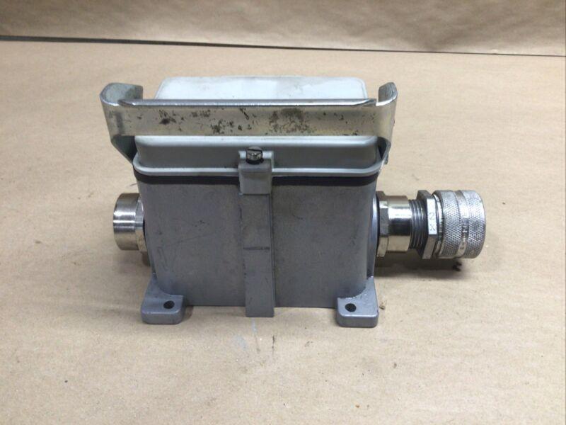Thomas & Betts T&b Bb748 Cam-lock Hood Enclosure With Plugs #57696 #04i87
