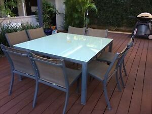 Square glass top outdoor table North Beach Stirling Area Preview