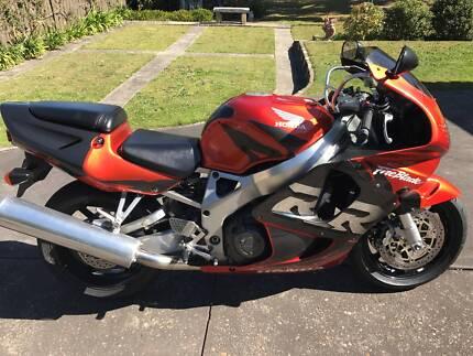 1998 Honda CBR900RR Fireblade
