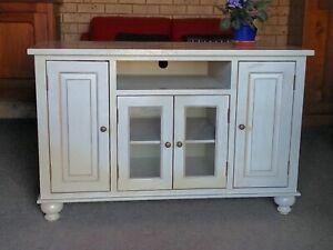 Hamptons style cabinet