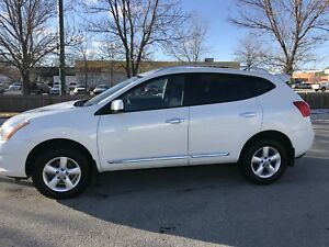 2013 Nissan Rogue, White, Special Edition