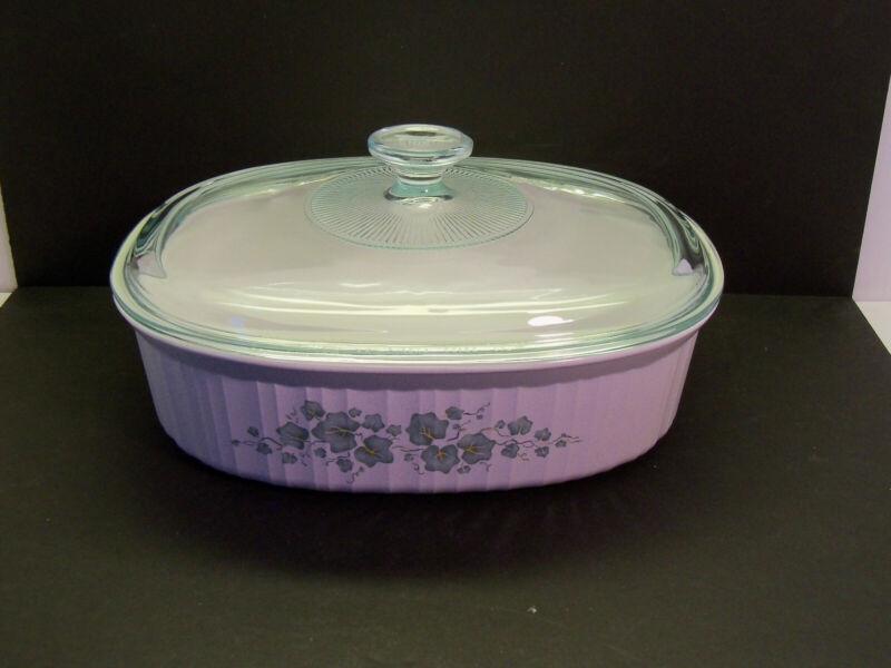 "Corning Ware ""Callaway Ivy"" Casserole Dish F-2-B 2.8 Liter With Glass lid"