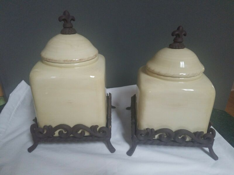 Artimino Tuscan Countryside cannister set of 2 EUC