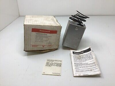 Honeywell V8044a1044 34 3 Way Zone Valve New In Box Free Shipping.