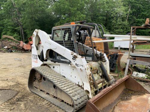 Image 1 Tracteur Bobcat  2004