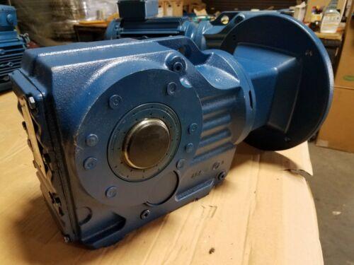 NEW SEW EURODRIVE GEAR REDUCER KA67/T AM100 / 44.32:1 RATIO 1750 RPM