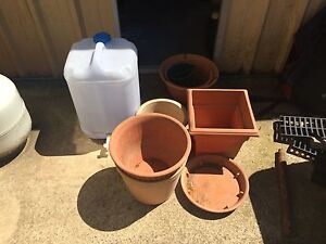 Assorted pots and drinking container Mount Keira Wollongong Area Preview