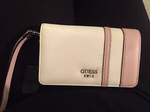 Brand New Authentic Guess Wallet