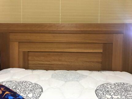 Queen Bedroom Suite - good condition Tenambit Maitland Area Preview
