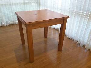 Small Desk Dining Table 2-4 seater Apartment Kitchen Furniture Taylors Hill Melton Area Preview