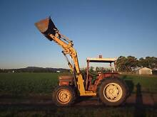 tractor international 685 front end loader 4x4  73hp Lower Belford Singleton Area Preview